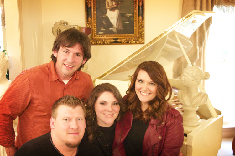 The Griffith Family Sign With Mansion Entertainment