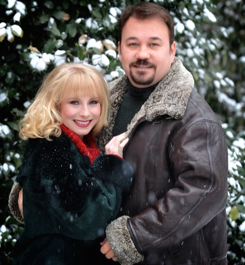 Christy Sutherland & Matthew Dudney Host 'Christmas At Our House' at Fontanel Mansion